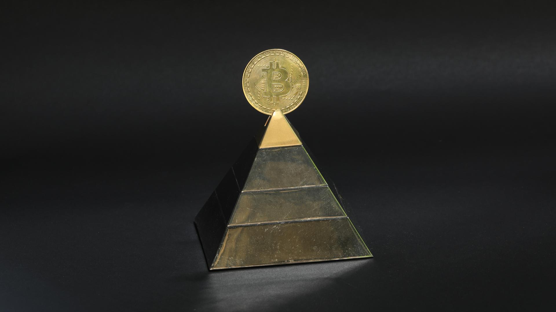 MPF investiga suspeito de pirâmide financeira de Bitcoin que fugiu para Dubai