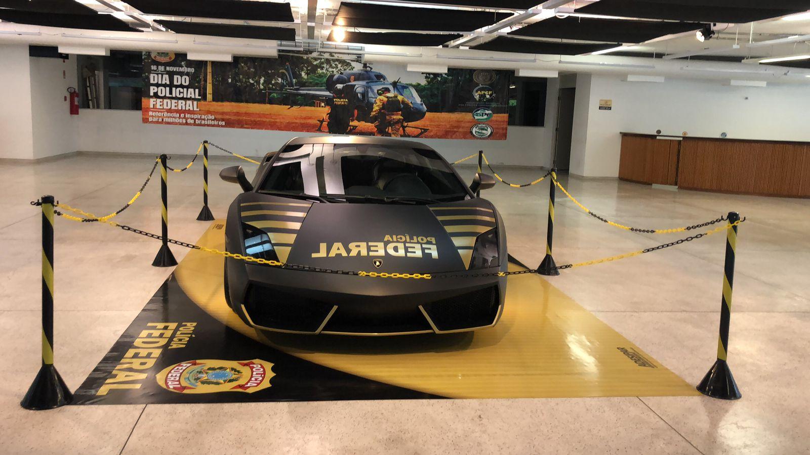 """Museu vai expor Lamborghini apreendida do """"rei do Bitcoin"""""""