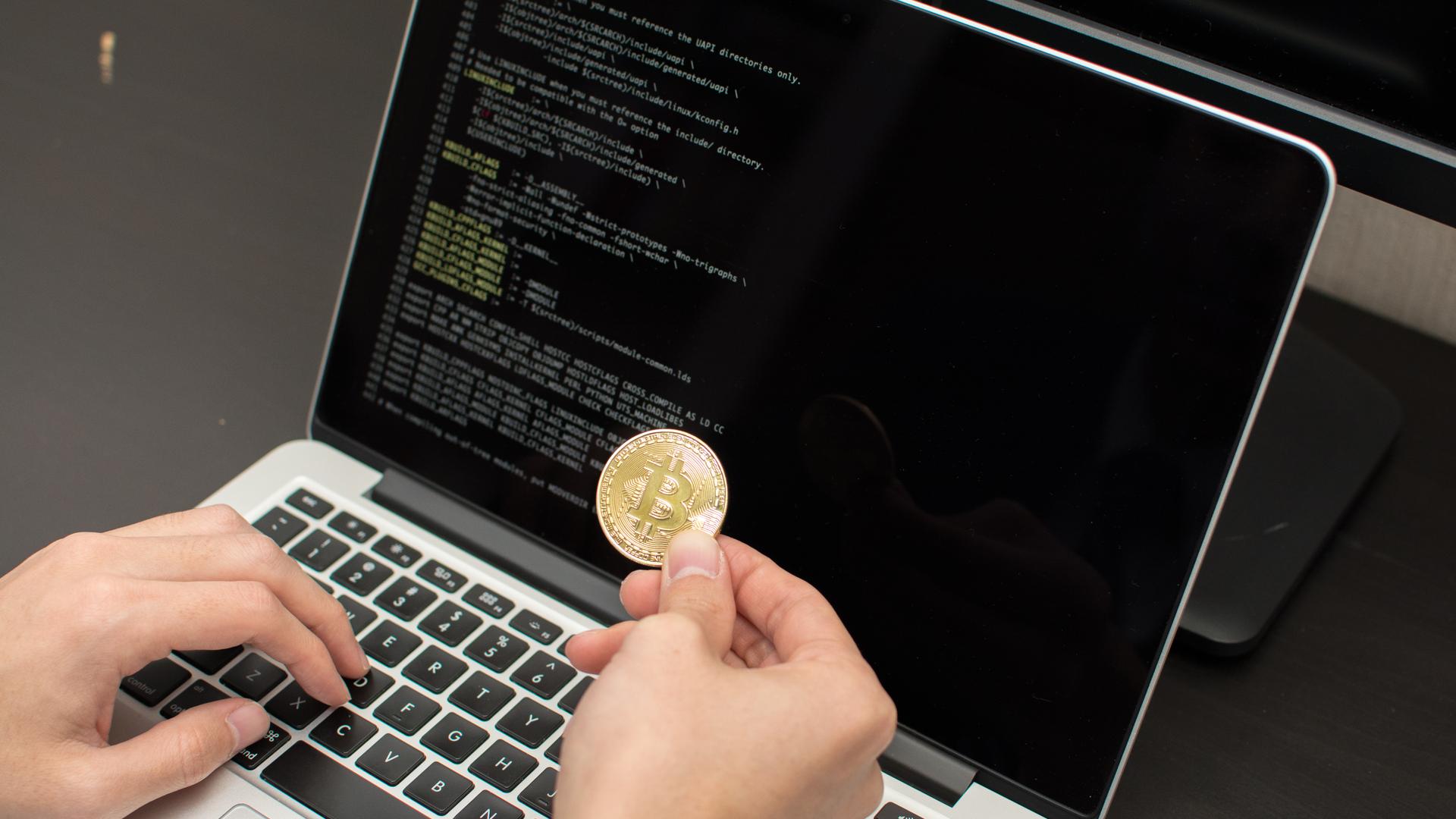 Empresa lança máquinas para mineração de Bitcoin em casa