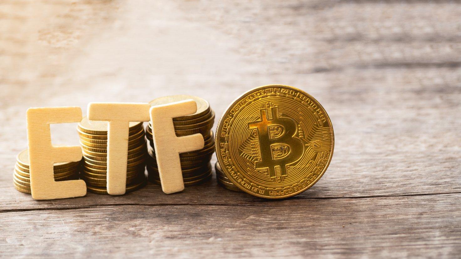 Chiến lược gia Bloomberg nói Mỹ sẽ phê duyệt ETF Bitcoin vào tháng 10, giá BTC đạt 100.000 USD