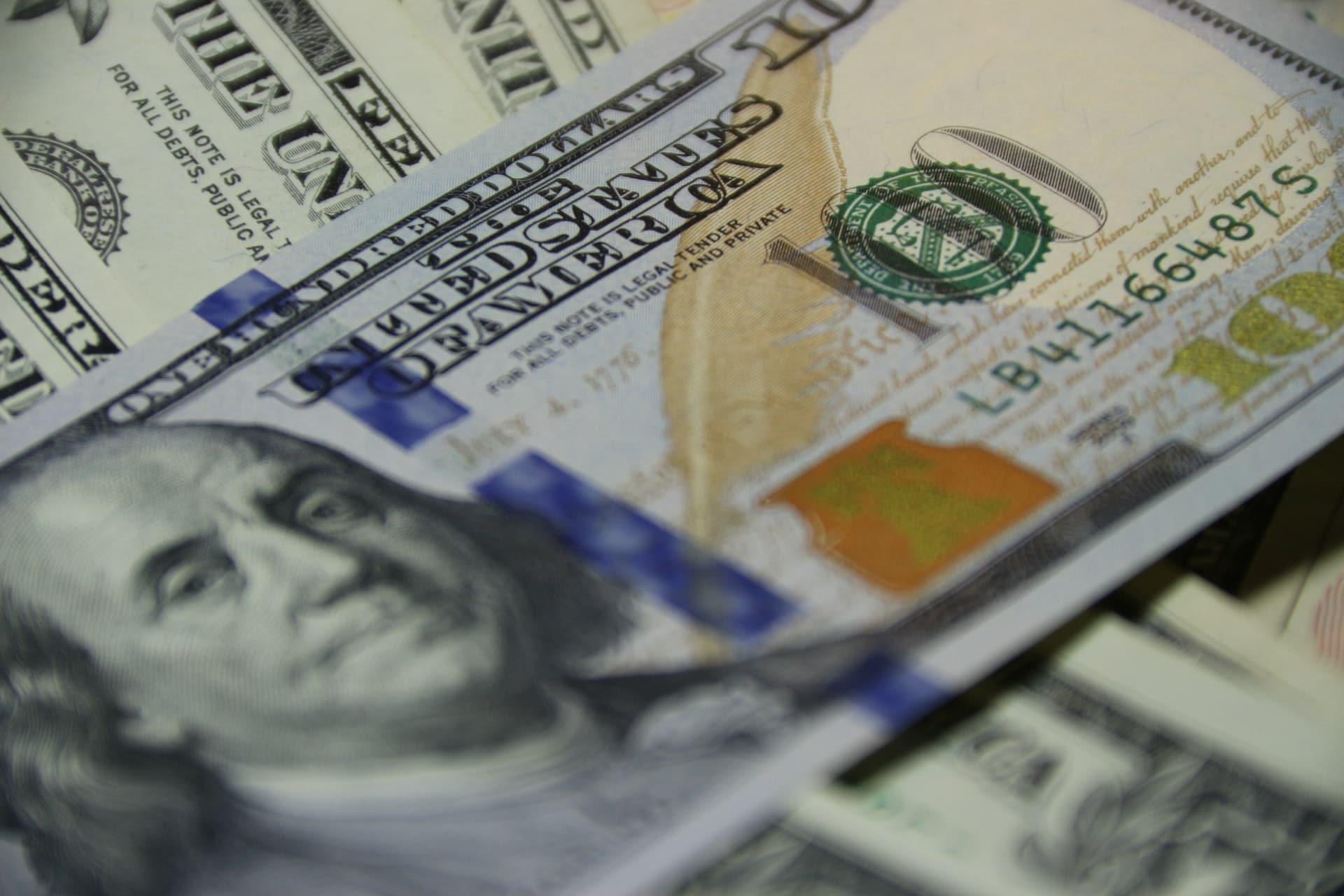 Coinbase habilita depósito directo de cheques para clientes en EE UU