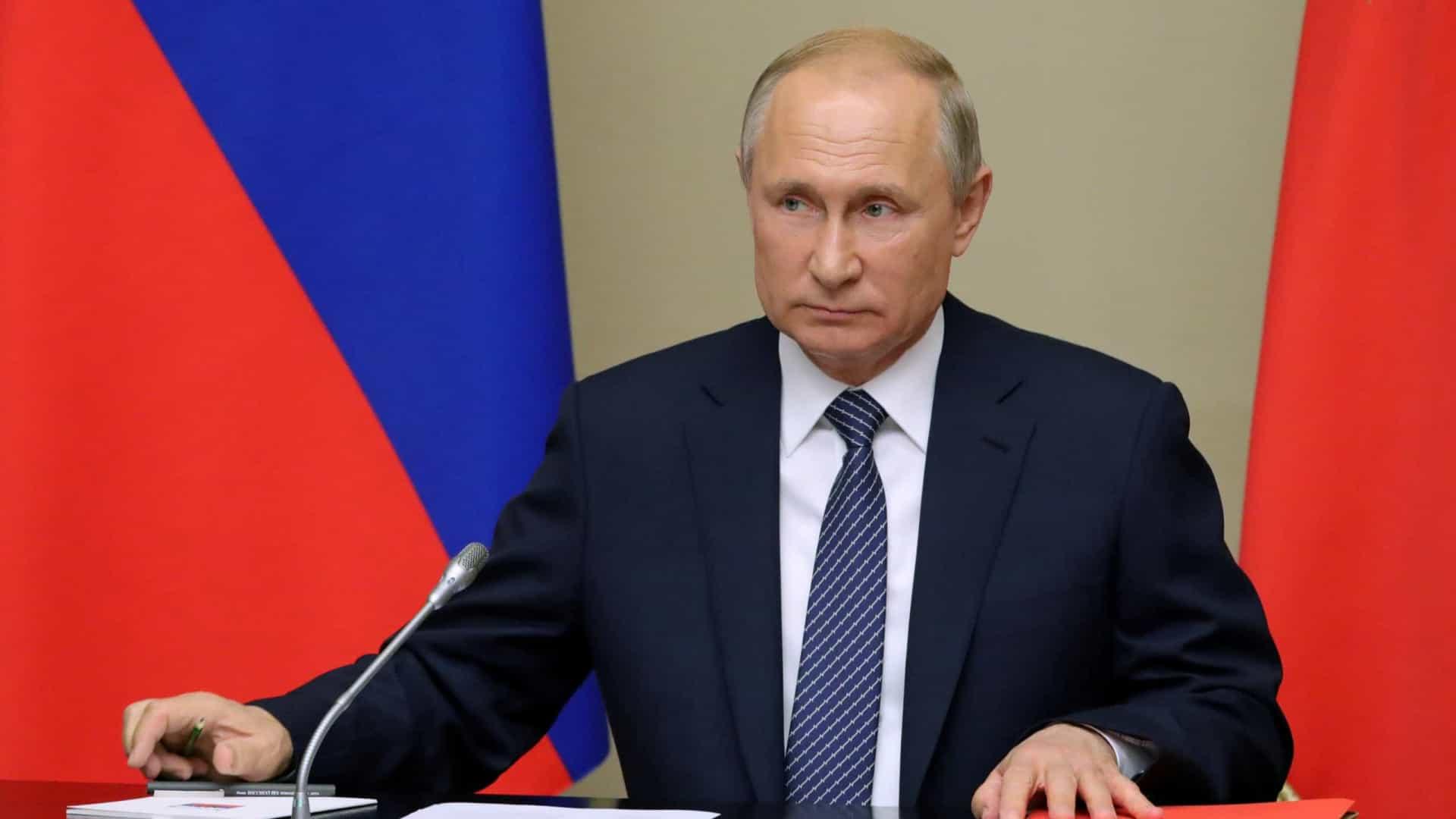 Urgente! Putin afirma que os criptoativos podem servir como meio de pagamento em transações comerciais.