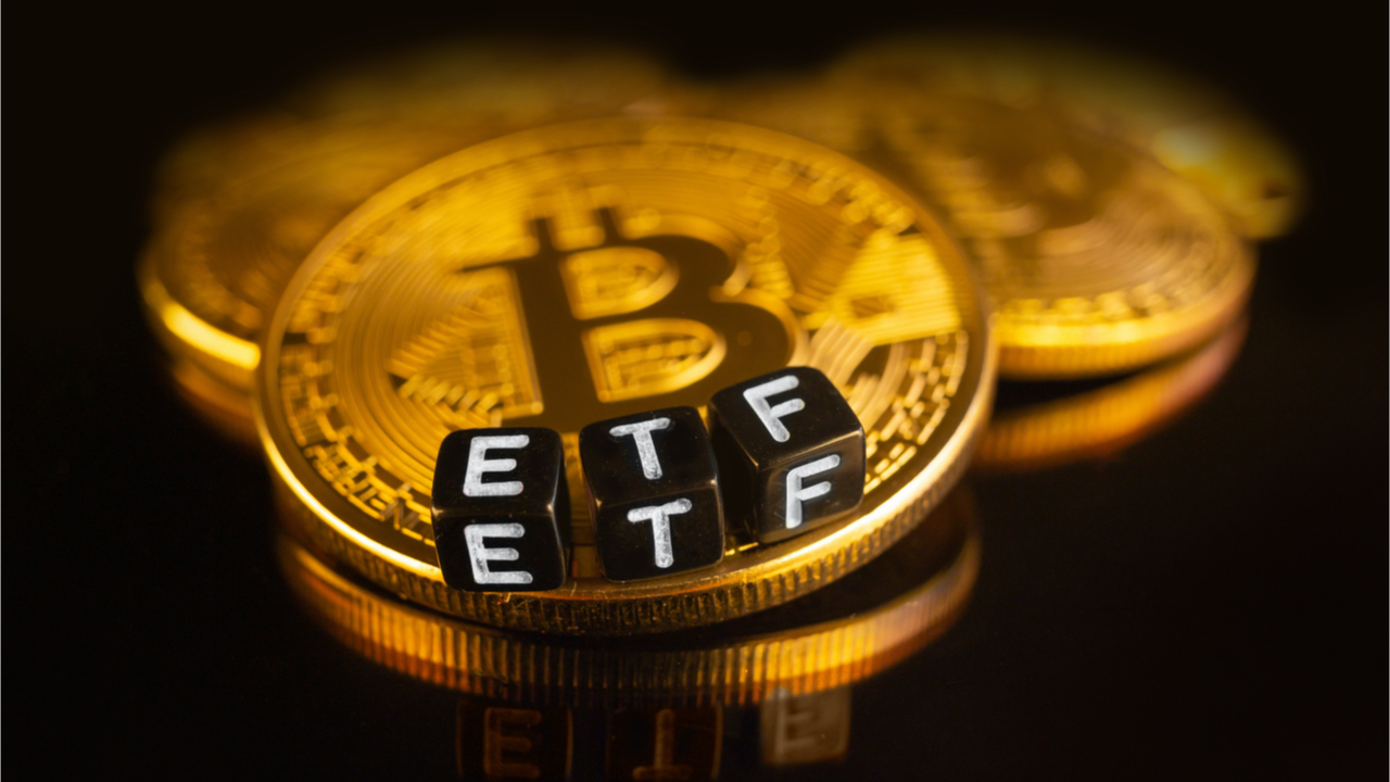 """ETF Bitcoin đầu tiên của Hoa Kỳ dự kiến sẽ niêm yết đầu tuần tới – """"Cơn lốc"""" BTC chạm 63.000 USD"""