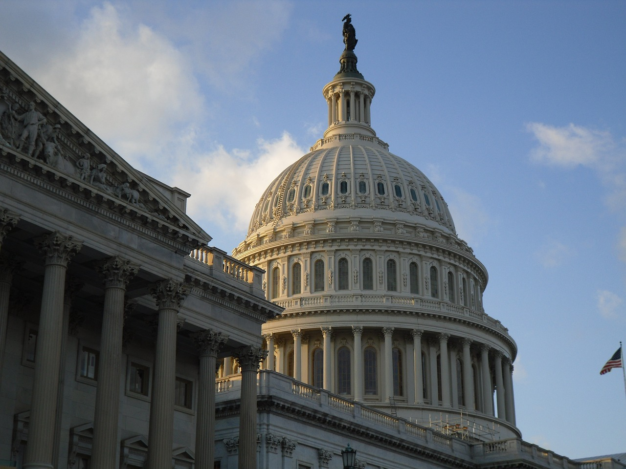 U.S. Congressman says majority of tokens are 'a currency or a commodity'