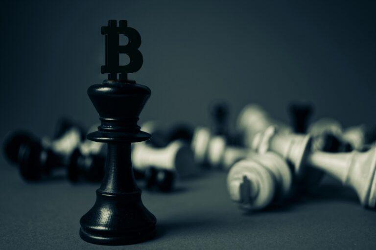 Legendary Investor Bill Miller Backs Bitcoin, Less Bullish on Altcoins Surviving
