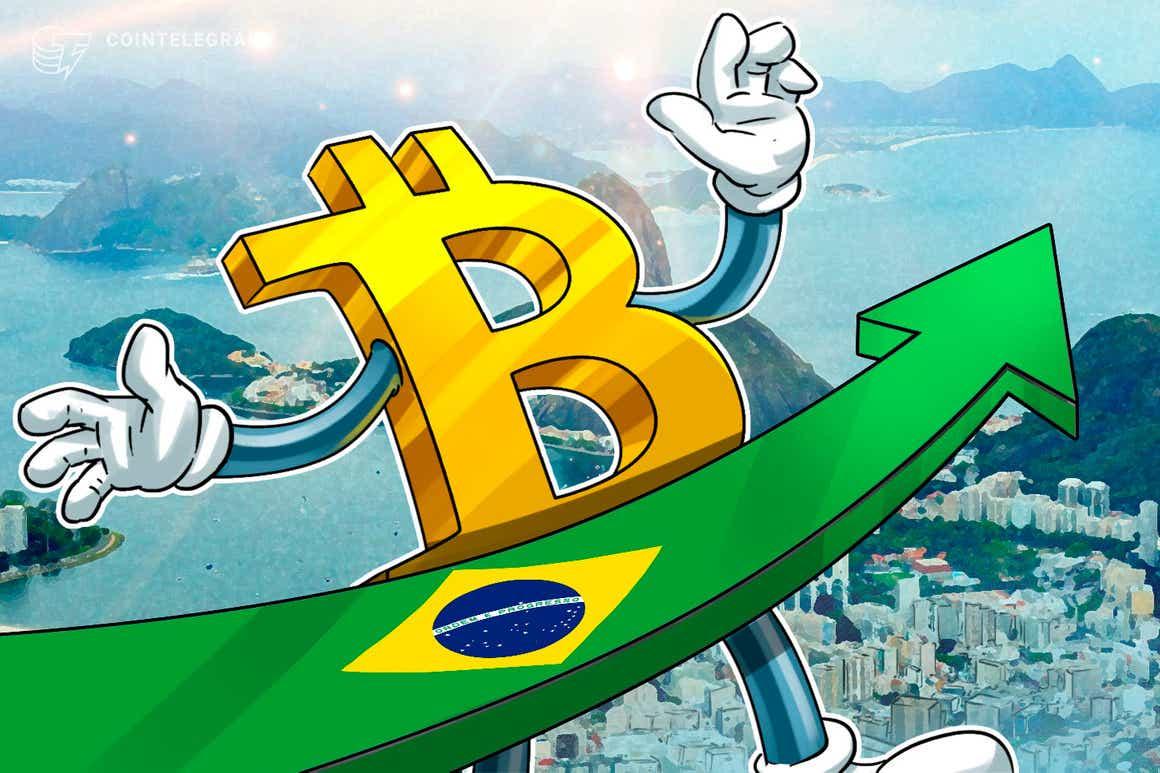 Depois de fechamento recorde, Bitcoin abre semana à beira de máxima histórica contra o dólar e o real