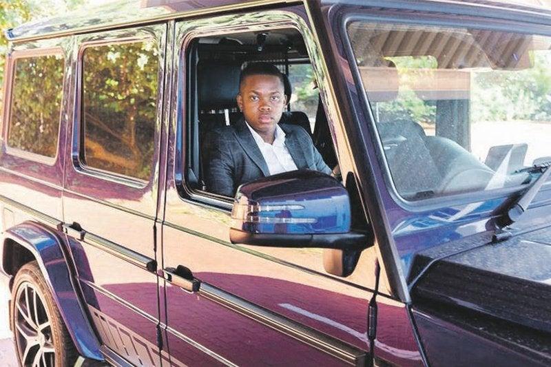 """Não sou vigarista, diz o """"cripto milionário mais jovem"""" da África do Sul"""