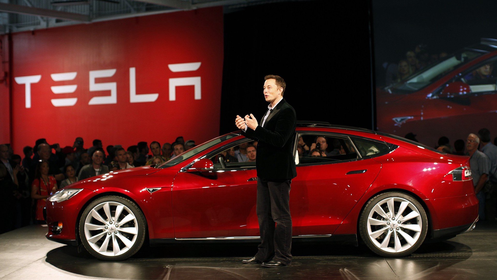 Tesla May Start Accepting Bitcoin Again