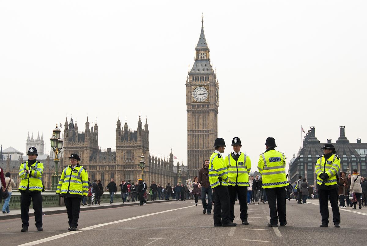 英警察、10代の若者から3億円以上の暗号資産押収