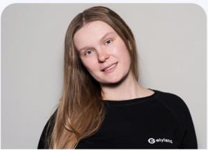 Olena Tkach profile picture