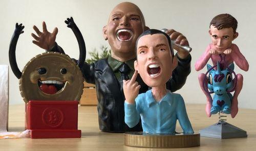 Content figurines